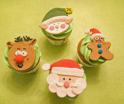 Bánh giáng sinh - ông già noel cupcake