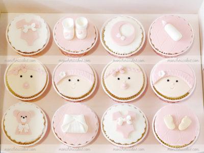 Bánh cupcake thôi nôi bé gái đáng yêu