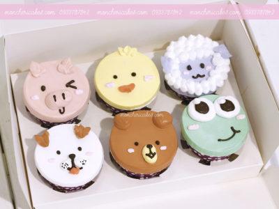 Bánh Cupcake vẽ hình thú đơn giản